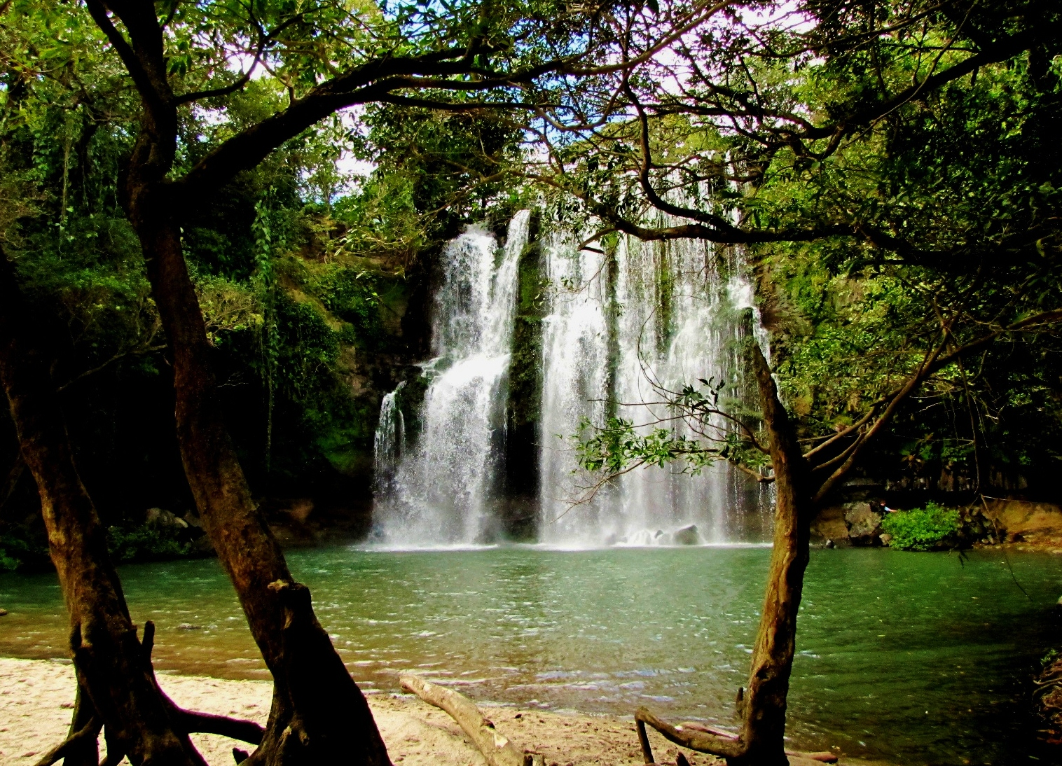 waterfalls nice for Costa Rica with kids